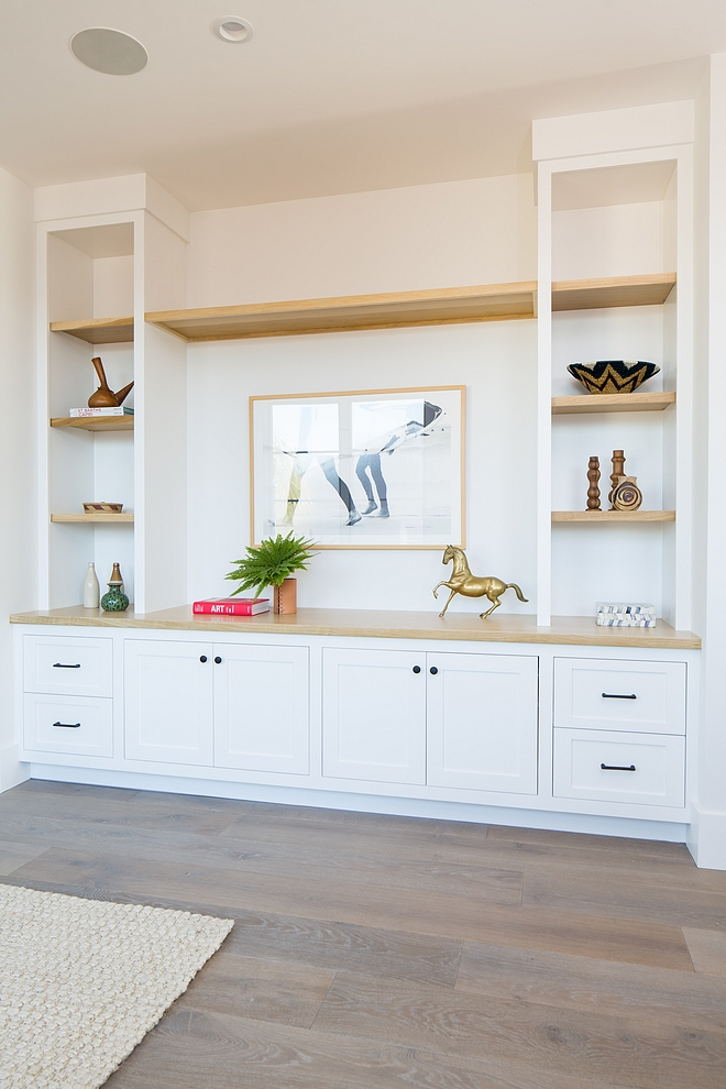 White Media Built-in with White Oak shelves Custom Media Built-in with White Oak shelves Living room Media Built-in with White Oak shelves #MediaBuiltin #WhiteOakshelves