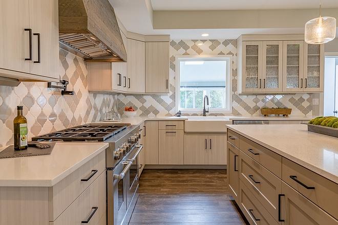 Quartz kitchen countertop Countertops are Arizona linen quartz on perimeter and Arizona frost quartz on island Quartz kitchen countertop Quartz kitchen countertop #Quartz #kitchencountertop