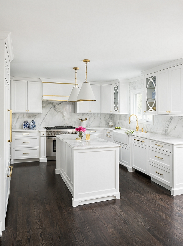 Benjamin Moore Super White The cabinet paint color is Benjamin Moore Super White #BenjaminMooreSuperWhite