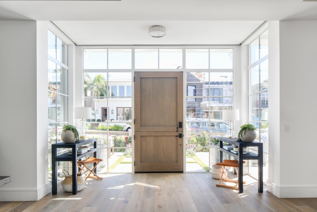 Foyer windows Foyer front door with sidelights and transom windows Surrounded by windows, the foyer exudes natural light Foyer windows Foyer front door #Foyer #windows #Foyer #frontdoor