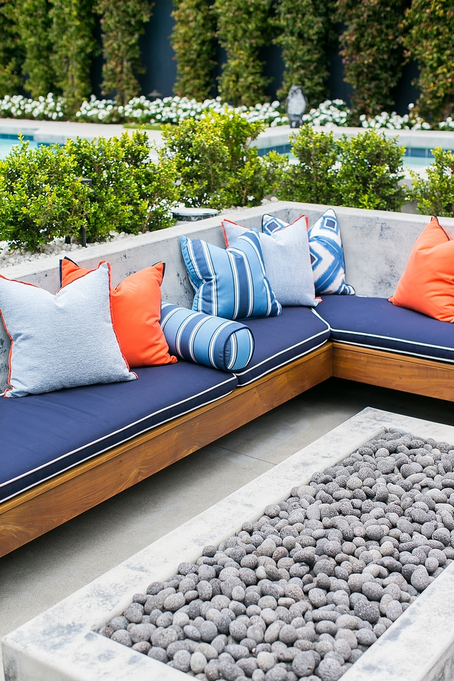 Outdoor Built-in sectional Outdoor Built-in sectional with sunbrella cushions and sunbrella pillows Outdoor Built-in sectional Outdoor Built-in sectional #OutdoorBuiltinsectional #OutdoorBuiltinfurniture