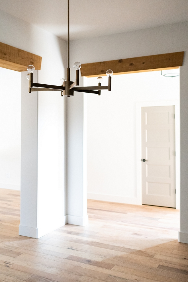 Doorway Beams The builder and designers added exposed cedar headers above the doorways Doorway exposed cedar header #Doorway #beams #exposedheader