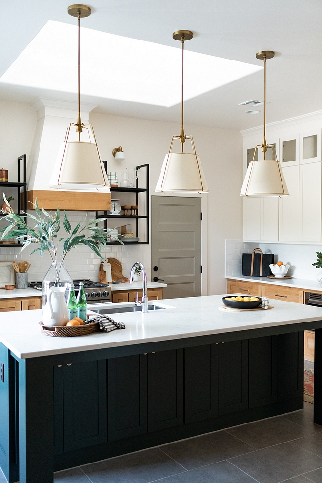 """Kitchen island with three pendants Size How many pendants to use on large islands Large islands can handle 2 large or 3 medium pendants These are 16"""" each #kitchenislandpendants #Kitchenisland #threependants #Howmanypendantstouseonislands"""