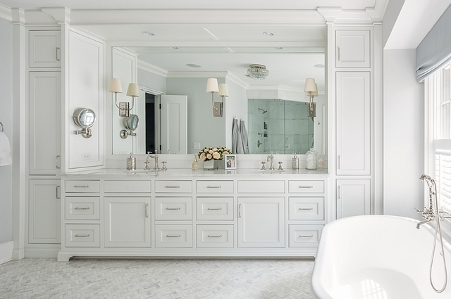 Traditional Bathroom Cabinet The master bathroom's paint color is Sherwin William Nebulous White Cabinetry is Benjamin Moore- OC-65 Chantilly Lace Traditional Bathroom Cabinet Traditional Bathroom Cabinet Traditional Bathroom Cabinet #TraditionalBathroom #TraditionalBathroomCabinet #BathroomCabinet