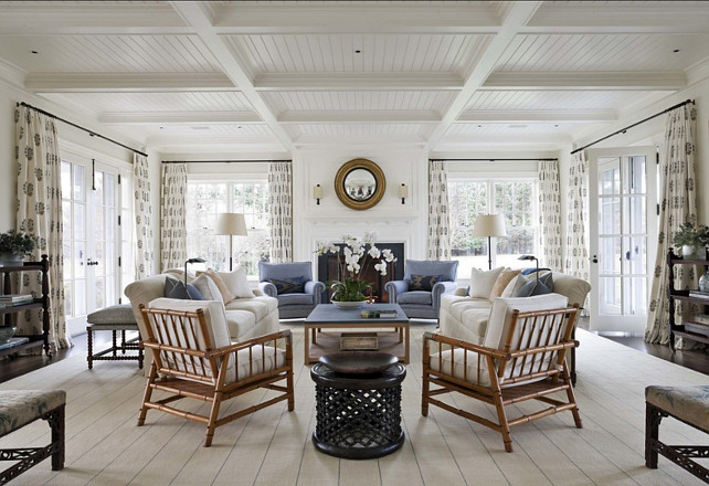 Classic Hamptons Beach House Home Bunch – Interior Design Ideas