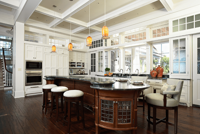 Traditional Lake House Home Bunch – Interior Design Ideas