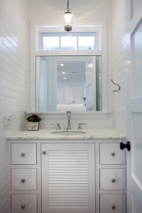 Beadboard Paneling Bathroom - Beadboard Bathroom Ideas ...
