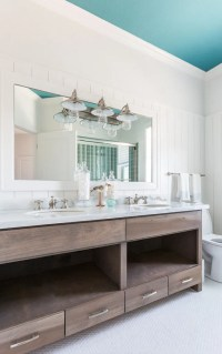 Beach House with Turquoise Interiors - Home Bunch Interior ...