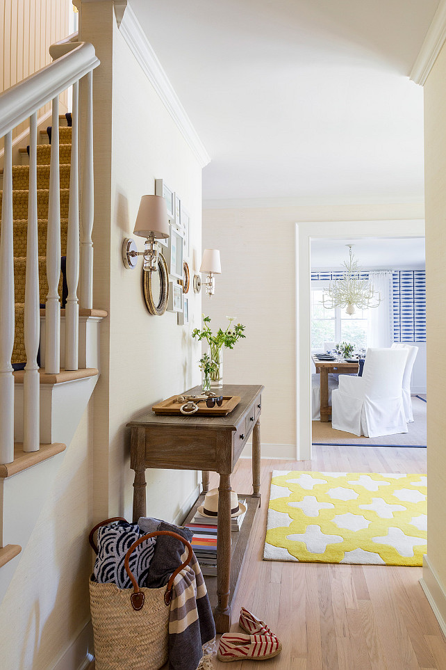 linen slipcovered sofa cheap colorful sofas east hampton beach cottage - home bunch interior design ideas