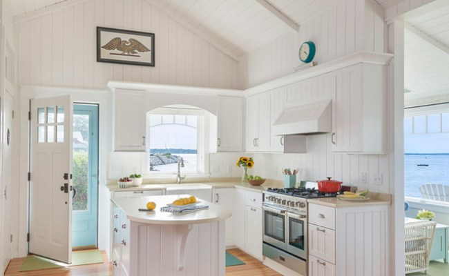Small Beach Cottage With Inspiring Coastal Interiors