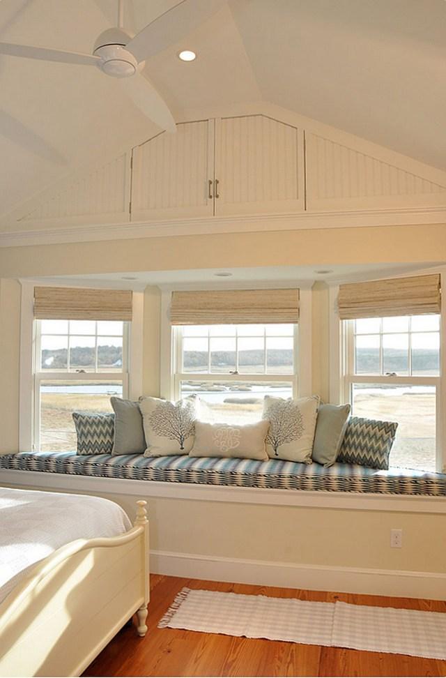 Asiento de la ventana.  decoración de la ventana del asiento, las ideas de almohada.  #Windowseat #WindowseatDecor #WindowseatPillow