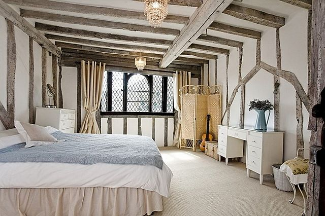 Impressive 16th Century Tudor House  Home Bunch Interior