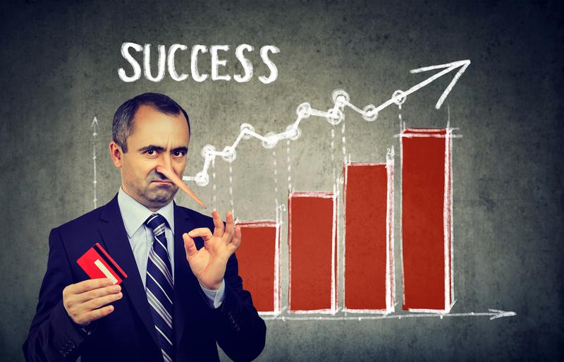 Lying as a Short-Term Success Strategy
