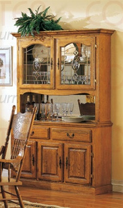 Nostalgia 51Inch Buffet and Hutch in Light Oak Finish by
