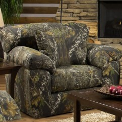 Oversized Upholstered Chair Ironing Board Cover Big Game In Mossy Oak Camouflage Fabric By Jackson Furniture - 3206-01