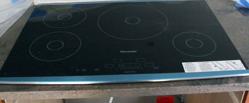 induction cooktop cleaning