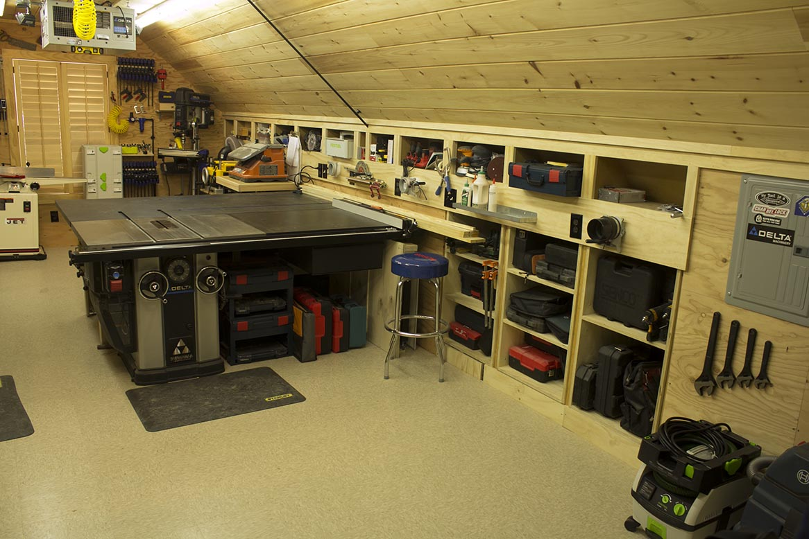 hight resolution of woodshop general view right