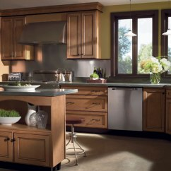 How To Install Chair Rail Tables And Chairs Cohoes Light Maple Cabinets With Glaze - Homecrest Cabinetry