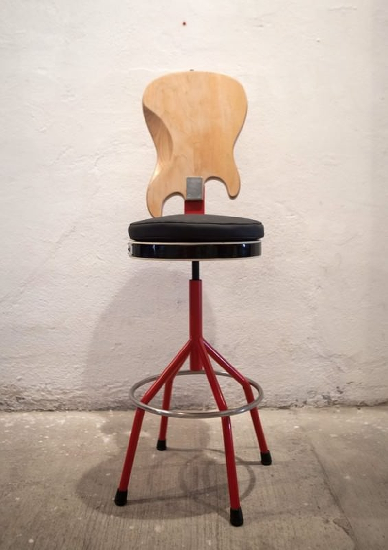 guitar shaped chair veronica design by cate 16 creative ways to recycle old into home décor items