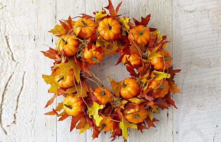 30 halloween wreaths too