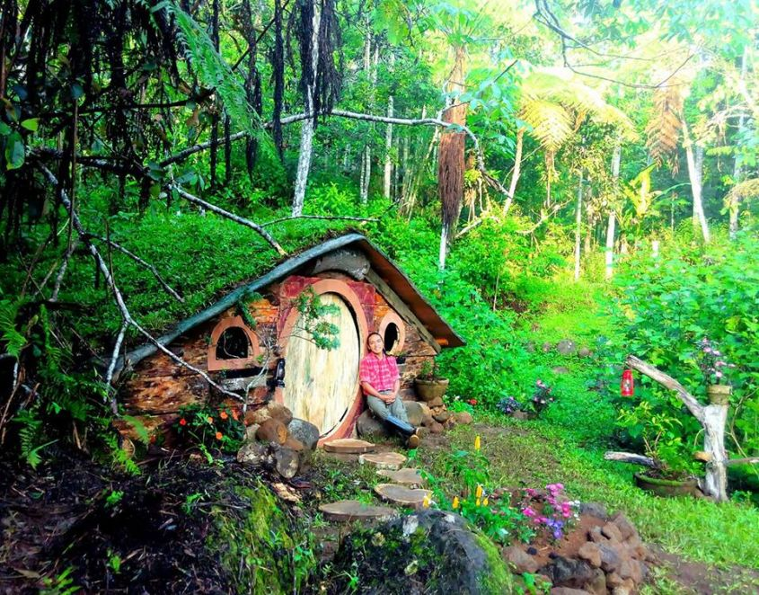 Life Size Hobbit Houses In Philippines Look Straign Out Of