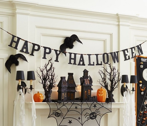 Best Tips For Hanging Halloween Decorations Home Decor Buzz