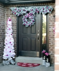 10 Most Beautiful Christmas Door Decoration Ideas for 2018 ...