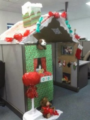 Decorate office cubicles office holiday decor - Work office decorating ideas pictures ...