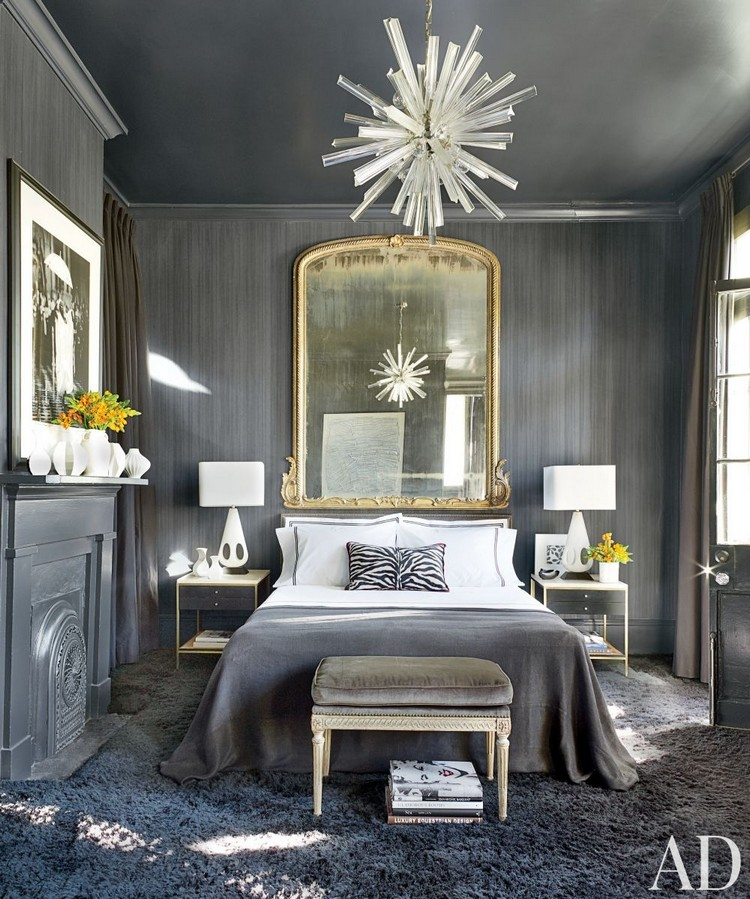 Decorating a small home might seem like a bit of a challenge at first. THE MOST BEAUTIFUL GOLD BEDROOM MIRRORS | Home Decor Ideas