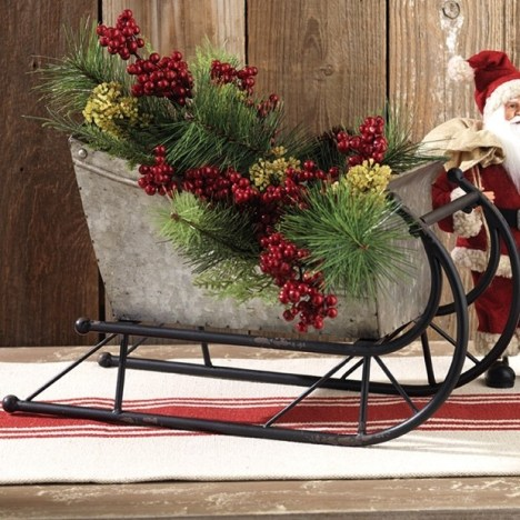 decorative-metal-sleigh