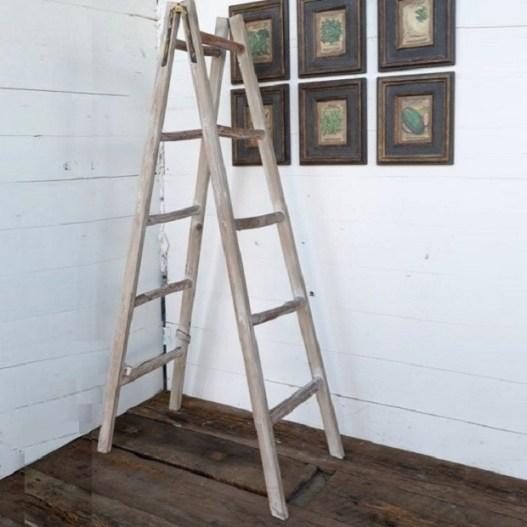 a-frame-display-ladder_1