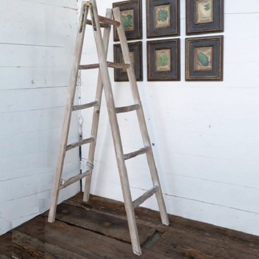 a-frame-display-ladder_1