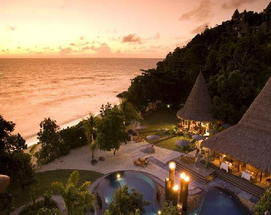 maia luxurious resort in the seychelles 1 gardening outdoor
