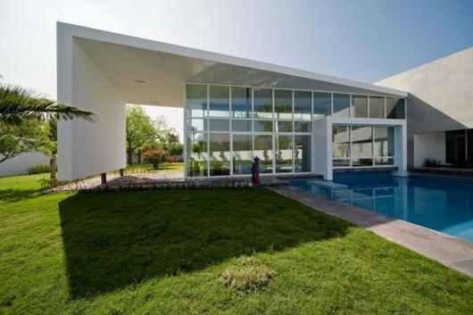 house in el uro 2