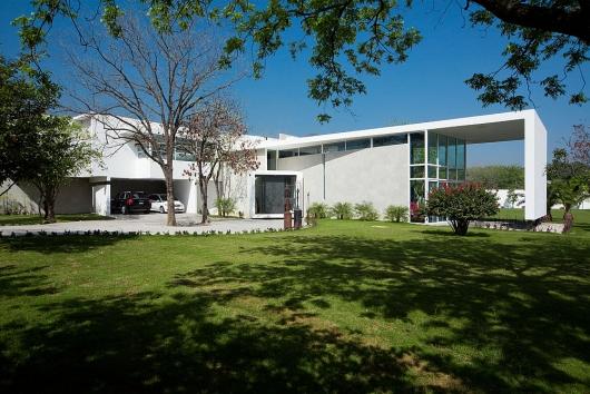 house in el uro 5