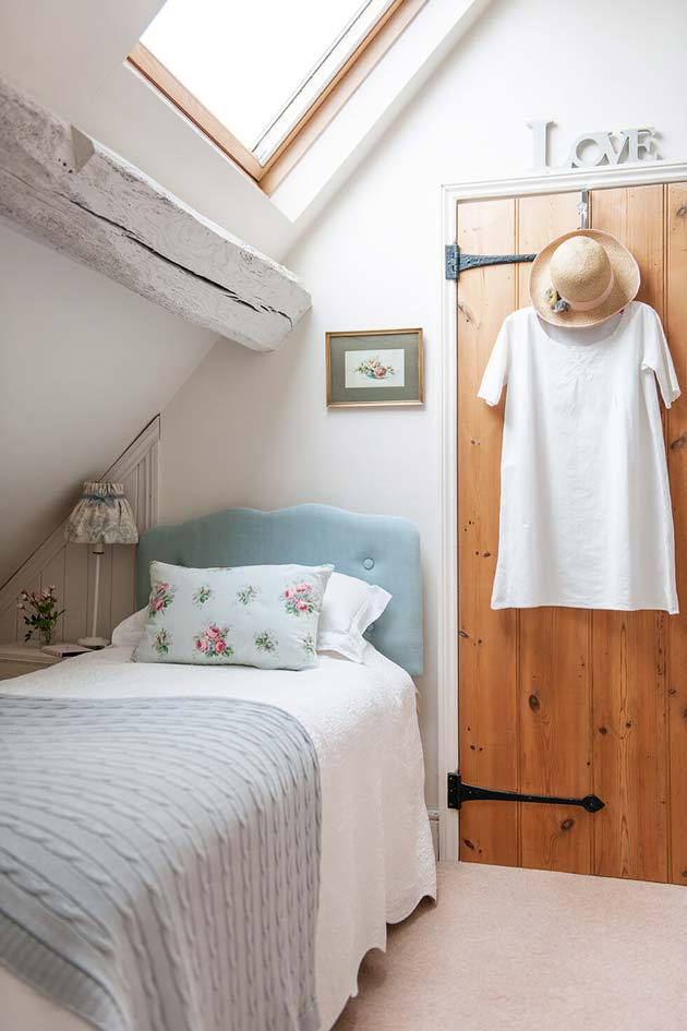 Try nautical pillows · 5. 31 Small Space Ideas to Maximize Your Tiny Bedroom