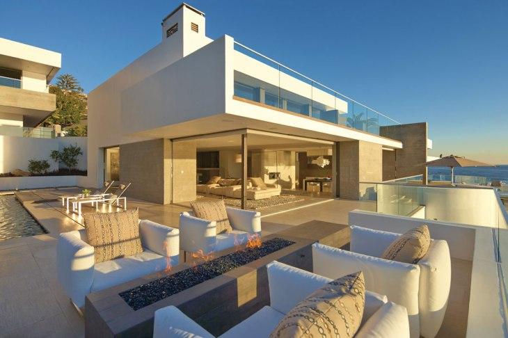 Beautiful beach house in Laguna Beach, California