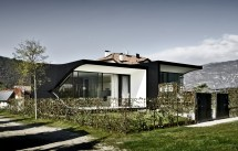 Luxury Holiday Homes In Italy Mirror Houses Homedezen
