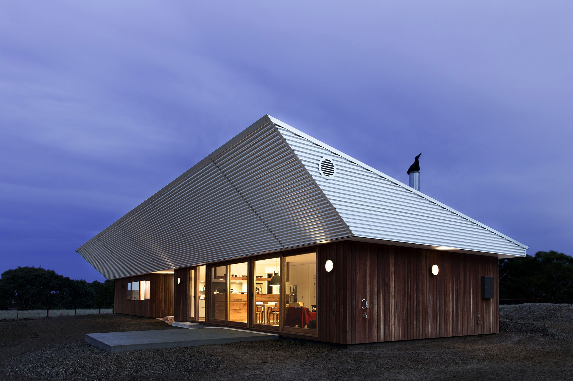 Energy Efficient House By Cooper Scaife Architects Homedezen