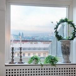 Living Room Window Sill Decorating Ideas Navy Blue Sofa Design Modern | Ledge