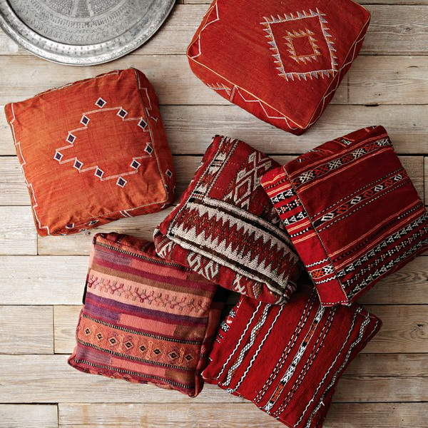 Bedroom home decorating & improvement tips & ideas. Choosing floor cushions for the modern home | Interior