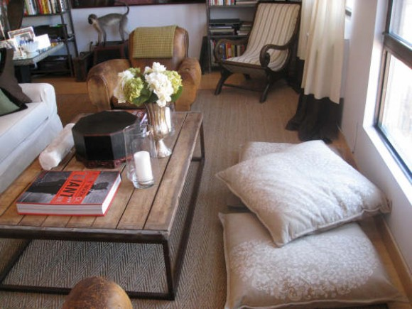 Choosing floor cushions for the modern home  Interior