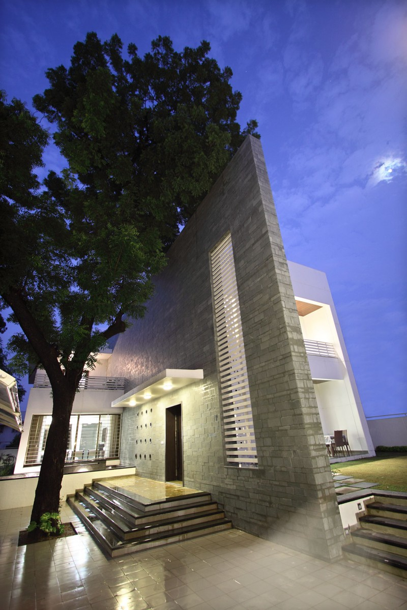 The Wall House By Dipen Gada U0026 Associates. U201c