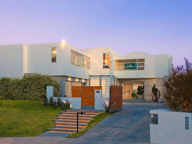 2010 Esquire House on Sunset Strip (3)