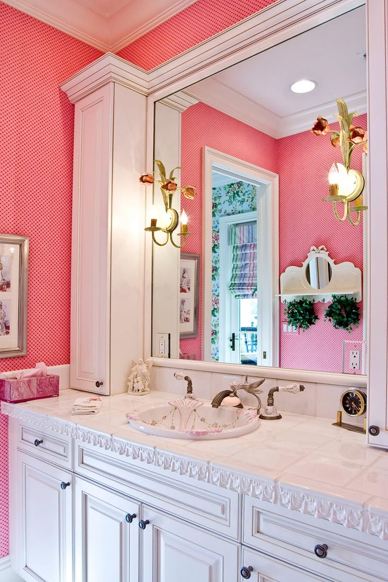 25 Serene and Feminine Bathroom Designs  Page 2 of 5
