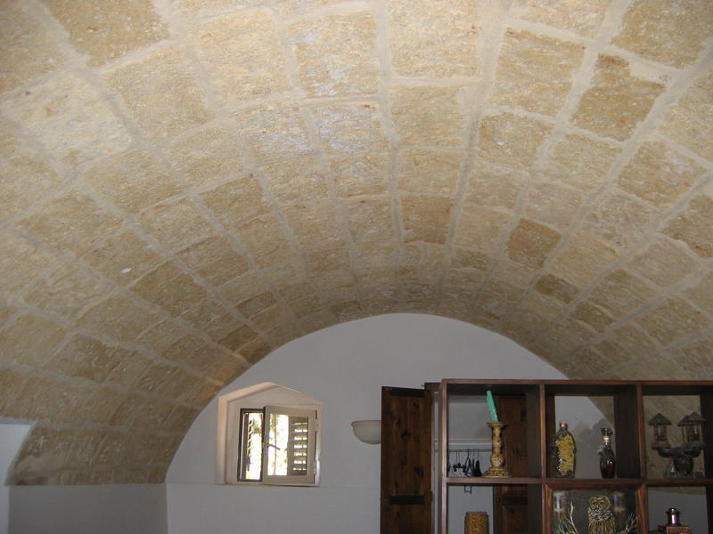 Saro48 change de maison  Salve Italie  HomeForHomecom