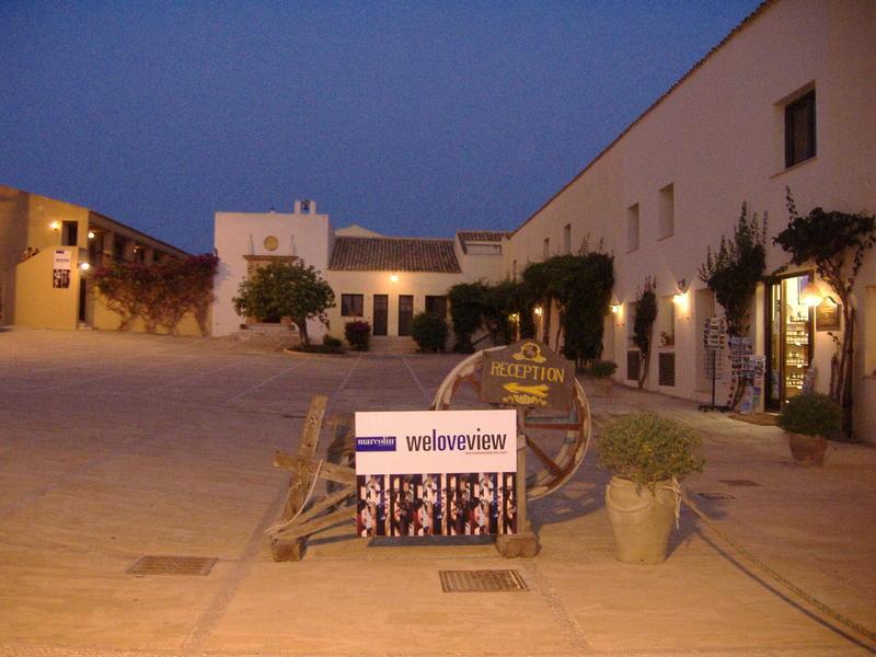 Caterina scambia casa in Alcamo Italia  HomeForHomecom