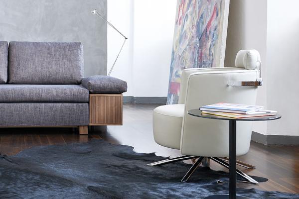 VITO Sessel drehbar kippbar von Signet bei homeformde