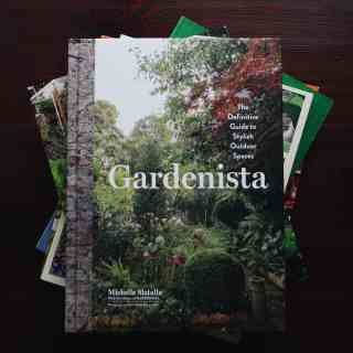 List of Gardening Books   The Best Books for an Organic Gardener   from Home for the Harvest   www.homefortheharvest.com