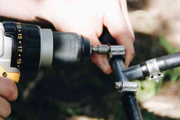 How to Install DIY Drip Irrigation | Home for the Harvest | www.homefortheharvest.com